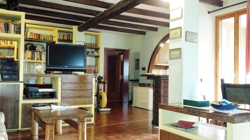 Guinzano, Quattro locali con terrazzo