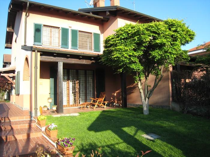 Bellissima Villa Bifamiliare